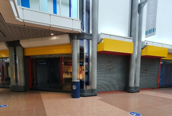 Unit 11-12 Hale Leys Shopping Centre
